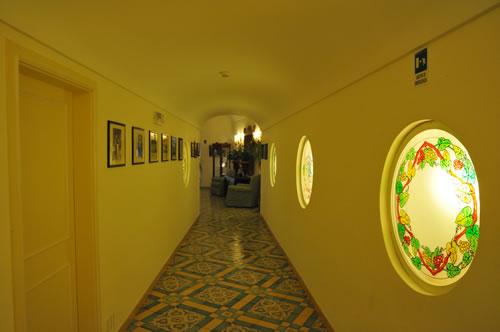 Hotel Buca di Bacco - Positano ポジターノ 廊下