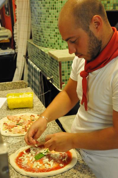 ナポリピザ マルゲリータ trattoria pizzeria nardones