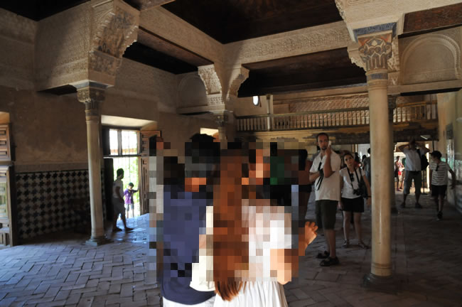 スペイン・アンダルシア州・グラナダ アルハンブラ宮殿 ナスル宮室内