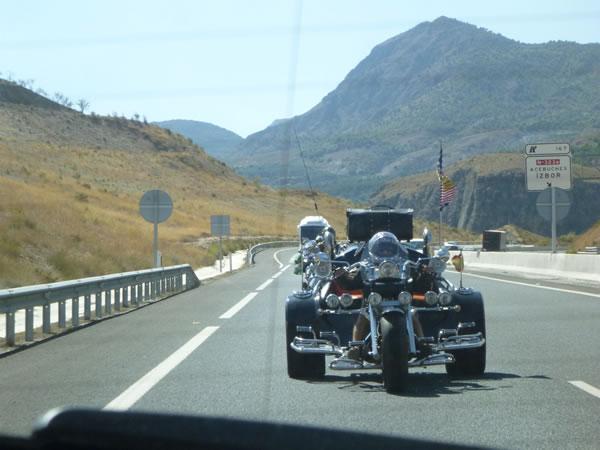 スペイン・グラナダ アメリカンなオートバイ野郎!