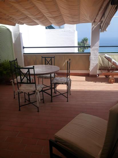 スペイン・アンダルシア州・ネルハ Hotel Carabeo & Restaurant 34 屋外テラス