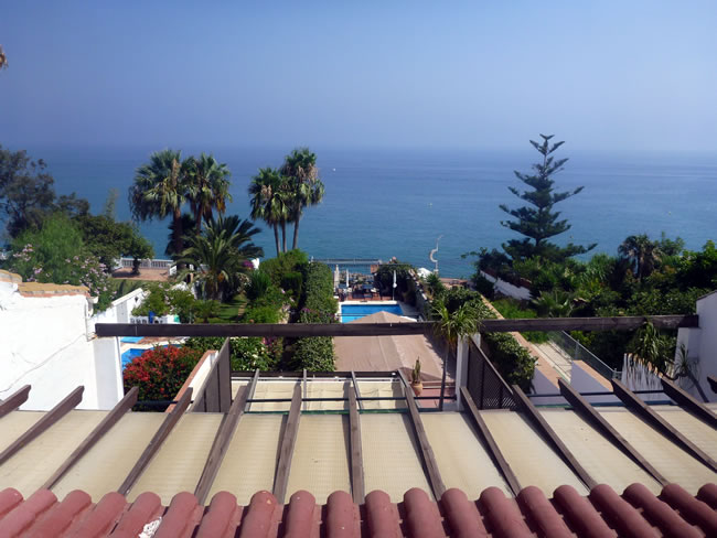 スペイン・アンダルシア州・ネルハ Hotel Carabeo & Restaurant 34 テラスからの眺望 海が見える!