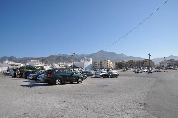 スペイン・ネルハ 公営駐車場