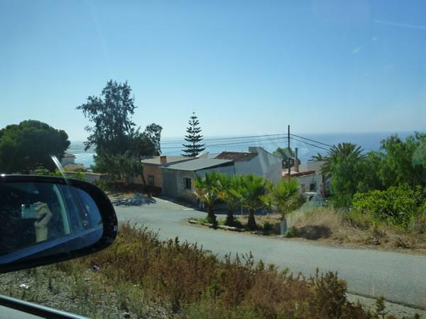 スペイン ネルハからグラナダへ 海沿いのA-7をひたすら走る。景色も中々壮観!