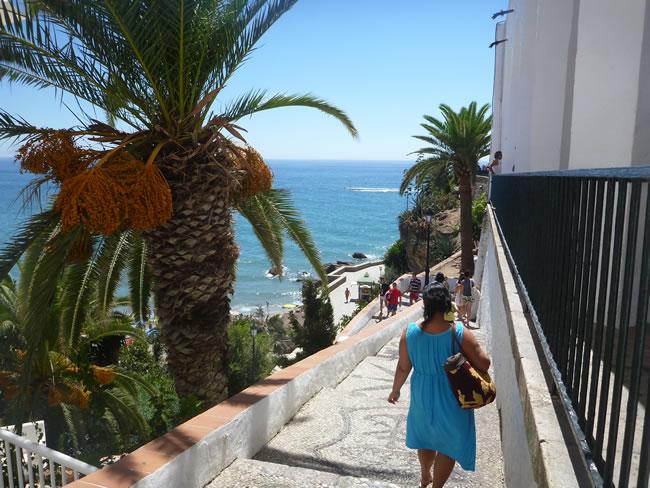 スペイン・ネルハ・ビーチ 階段