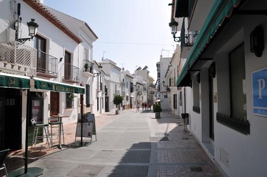 南スペイン ネルハ Hotel Carabeo前 ヨーロッパのバルコニーまでは徒歩5分くらい