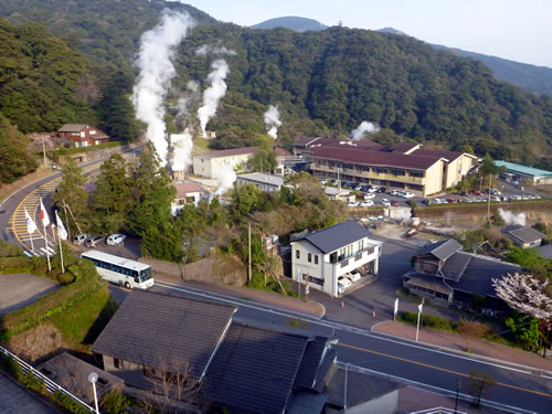 霧島国際ホテル 部屋からの眺望 湯煙!