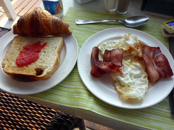 HOTEL DIANA 朝食