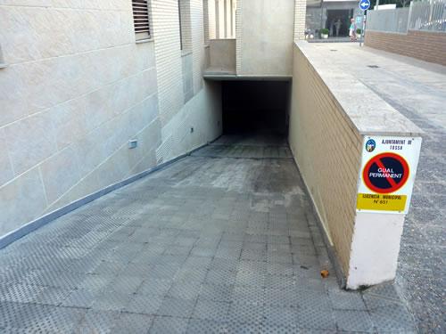 トッサ デ マール ホテル ディアナ Tossa de Mar, Spain Hotel Diana 提携駐車場は地下にあった