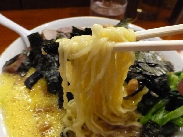 新宿 満来 納豆ラーメン
