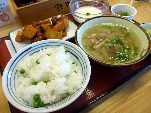 豆ご飯のセット
