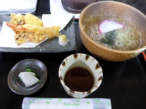 天ぷらとそばのセット