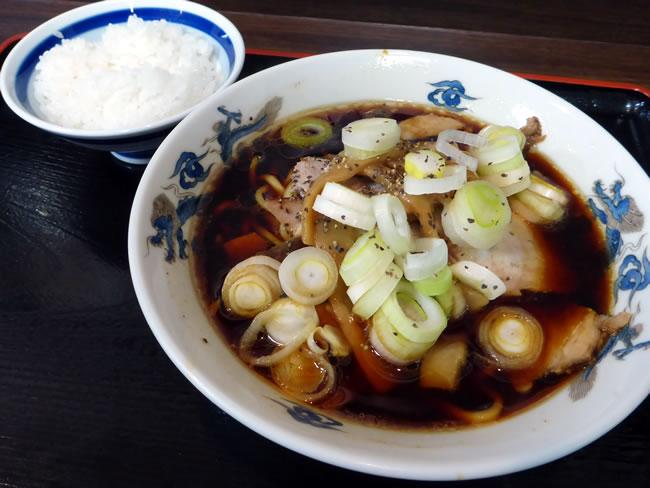中華そばの「小(並)」とご飯